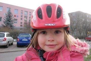 Een fietshelm voor kinderen