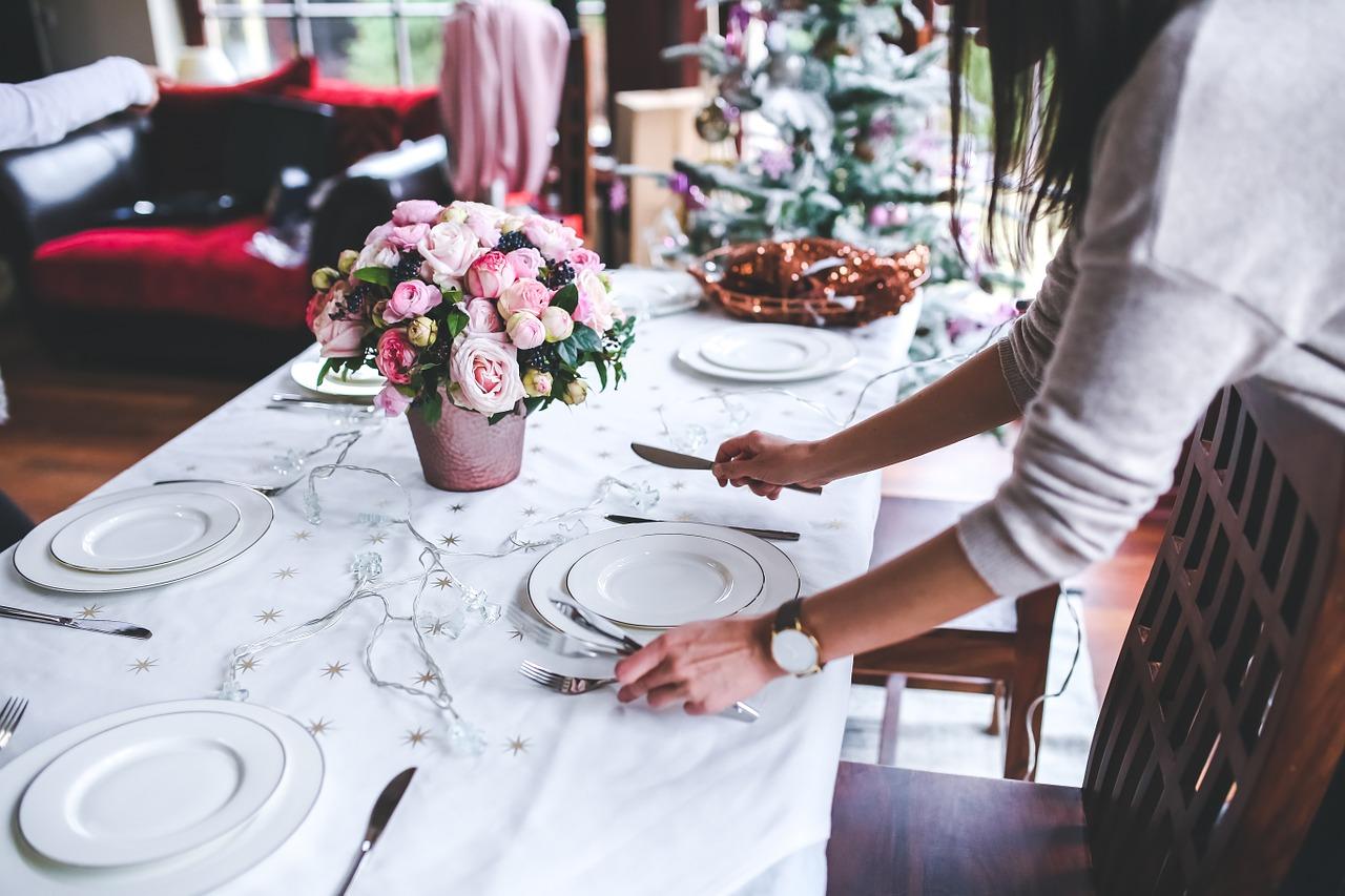 10 tips voor een feestelijk gedekte tafel tijdens de kerstdagen