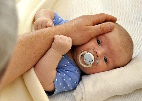Partners enthousiast over extra geboorteverlof, maar wat houd het precies in?