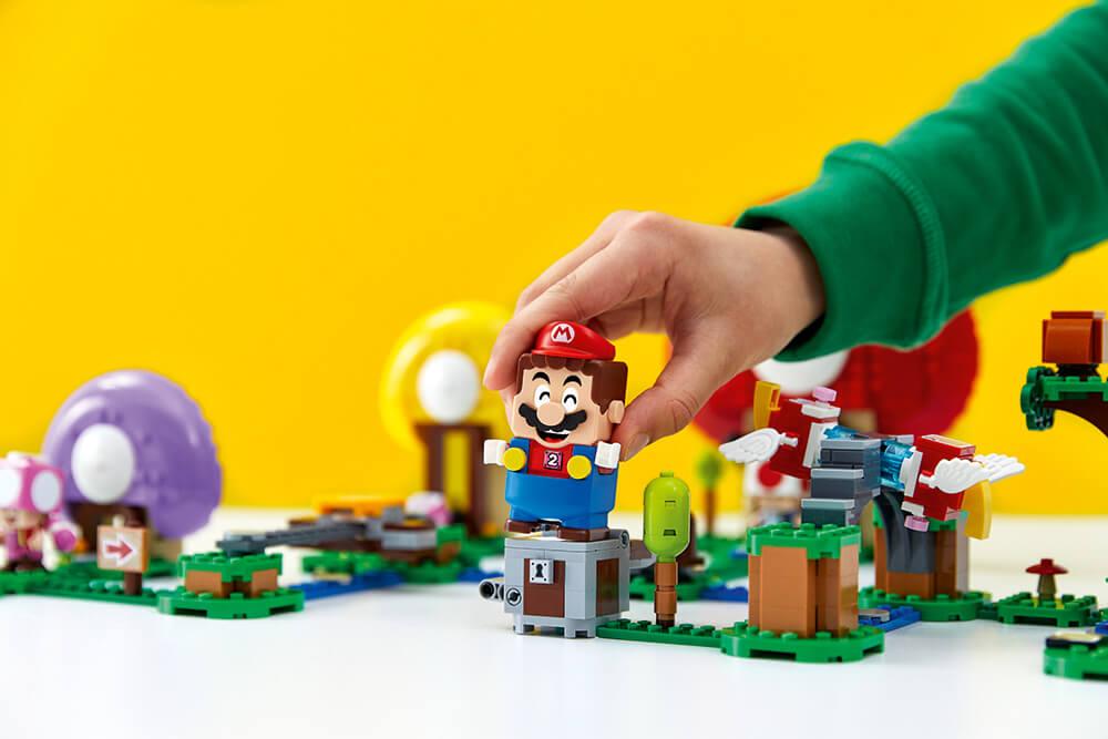 het volledige LEGO Super Mario assortiment.