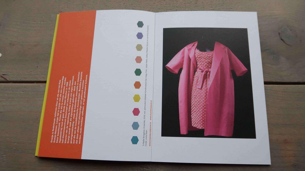 Mode in kleur: een verzameling kunstkaarten