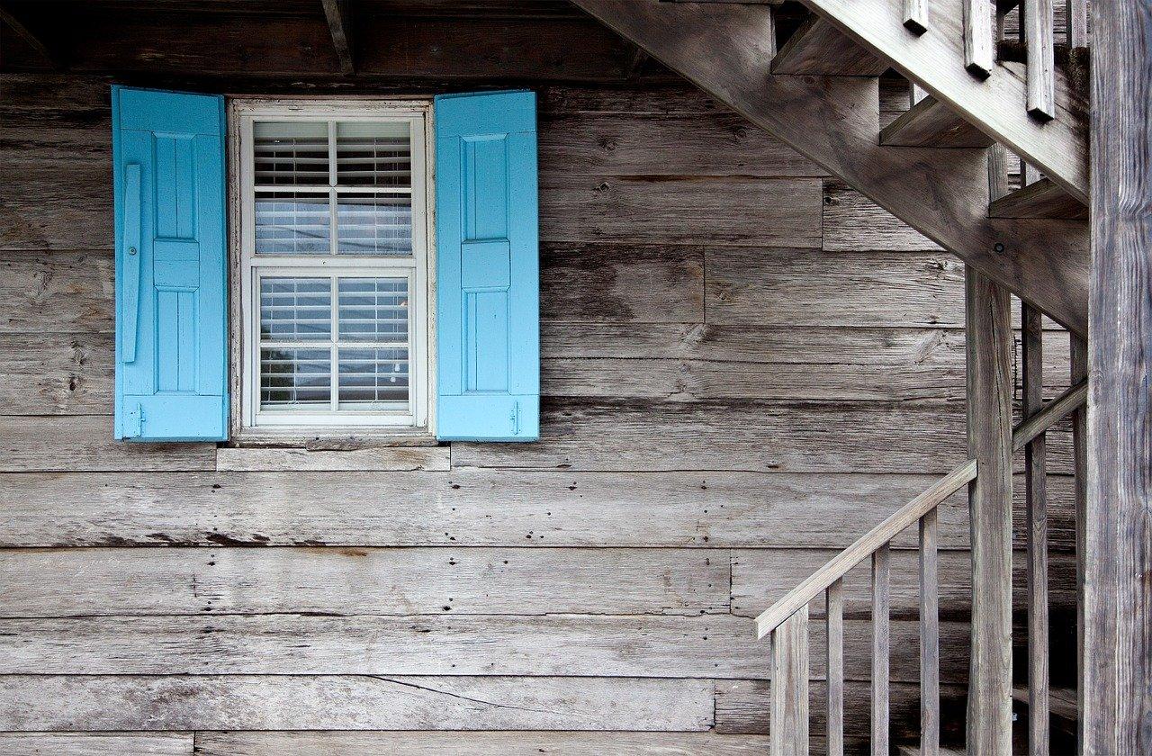 Voordelen van horren voor je deur of raam