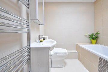 Waarom spiegelkasten handig zijn in een badkamer