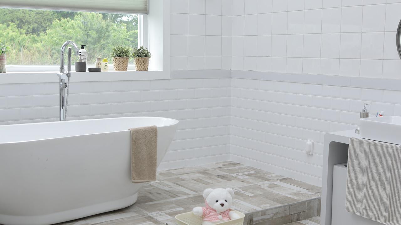 Creëer rust in de badkamer met een uniforme stijl