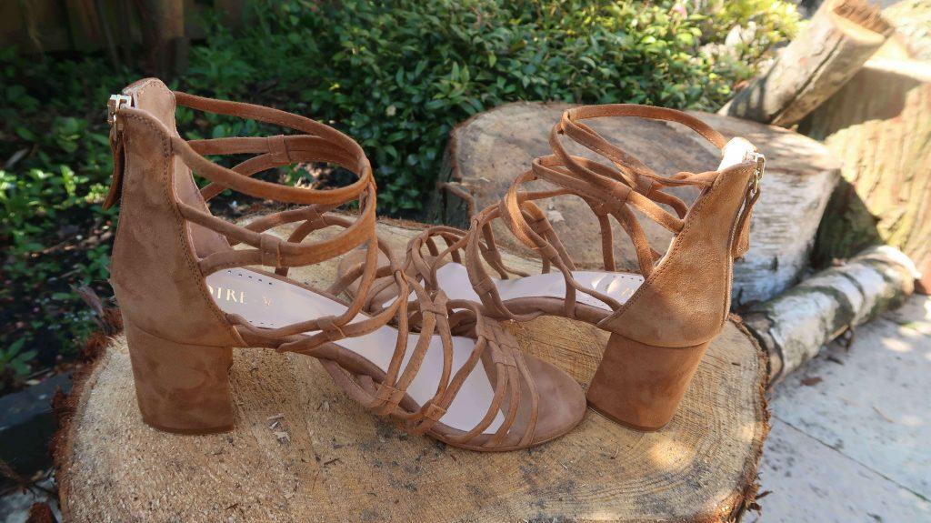 How to Wear: Suède sandalen combineren met de bohemian style