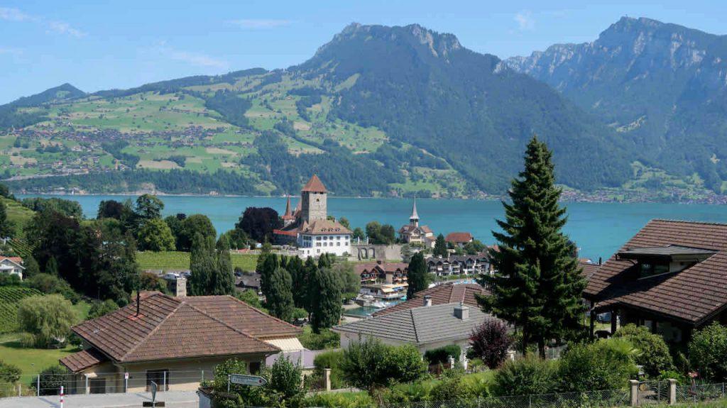 Met de auto op vakantie naar Zwitserland- handige tips